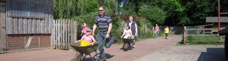 Bauernhof-Rallye - da kommen Papas ganz schön ins Schwitzen